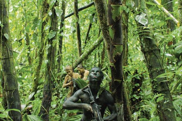 Monos: in het zog van tienerguerrillero's door de Zuid-Amerikaanse jungle