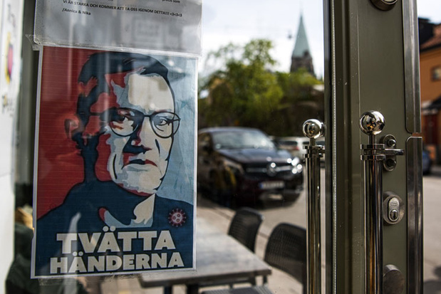 Krijgen de Zweden gelijk met hun rebelse corona-aanpak?