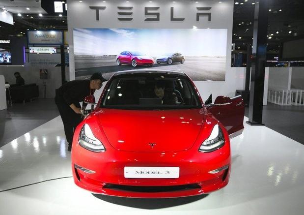 Tesla haalt de Model 3 voor 35.000 dollar offline