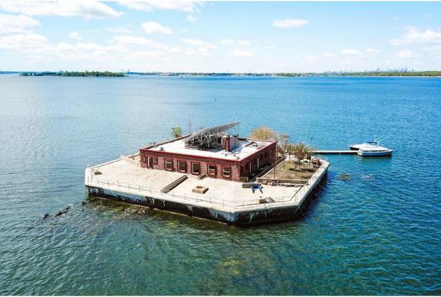 A vendre: Villa sur île privée au large de New York (vidéo)