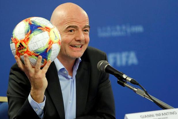 """Infantino ne pouvait """"pas changer sur un coup de tête"""" la décision de 2010, selon Blatter"""