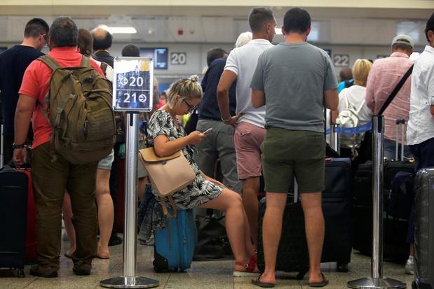"""Thomas Cook: en Belgique """"les passagers ne partiront toujours pas jeudi"""""""