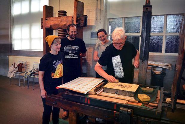Nationaal Museum van de Speelkaart toont meester-leerlingtraject rond lithografie
