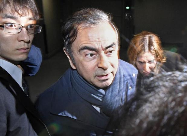 La France affirme n'avoir eu aucune information sur la fuite du Japon de Carlos Ghosn