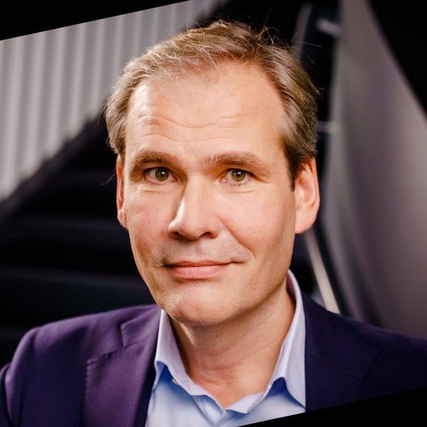 Procédure en référé aux Pays-Bas contre le directeur de KPN à cause du rayonnement 5G