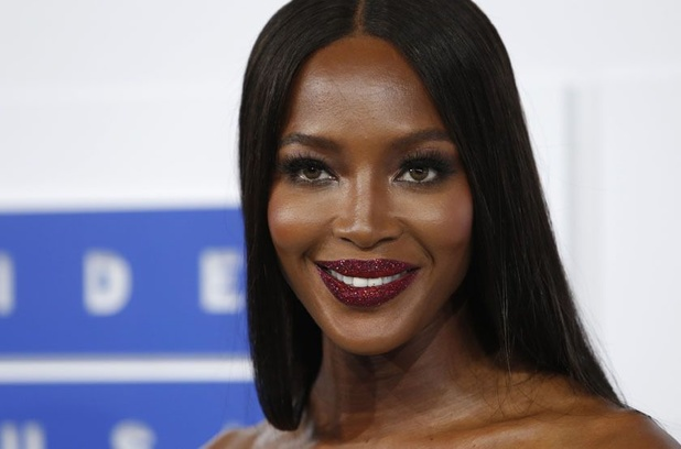 "Naomi Campbell appelle l'industrie de la mode à ""imposer l'inclusion"""