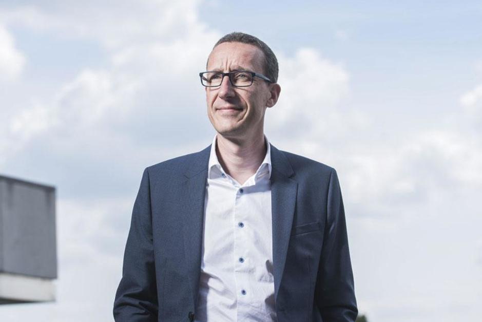 Peter Devlies (CEO AXA Bank) over de overname door Crelan: 'Elke fusie staat of valt met wederzijds respect'