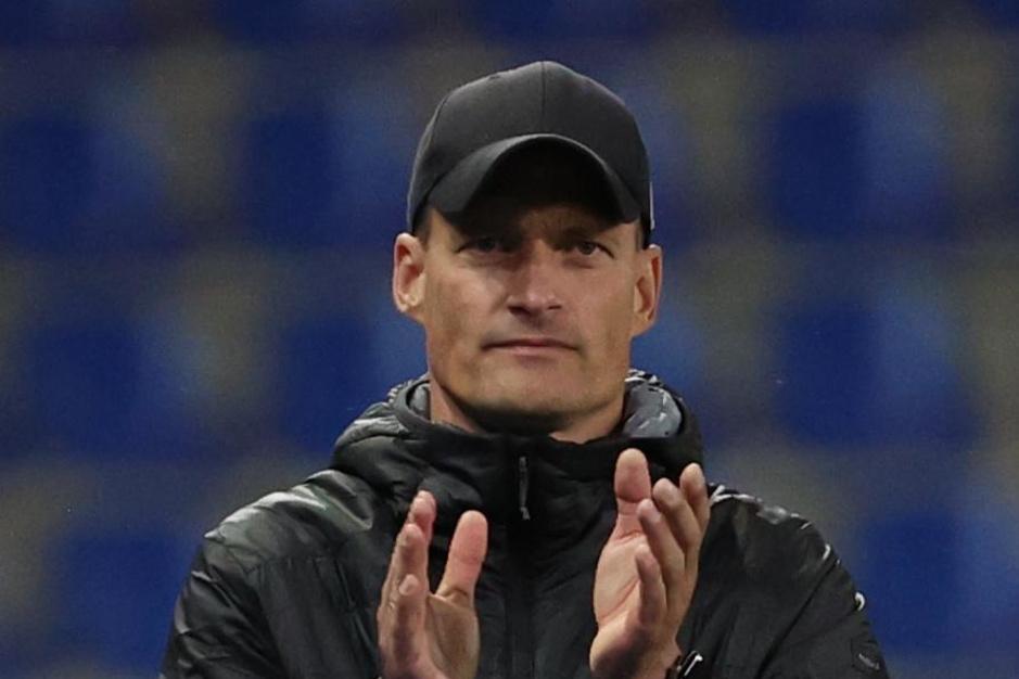 Alexander Blessin: 'Toen ik coach van het jaar werd, kreeg ik een sms'je van Clement'