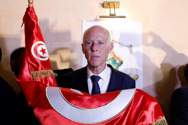 Buitenstaander wint overtuigd Tunesische verkiezingen