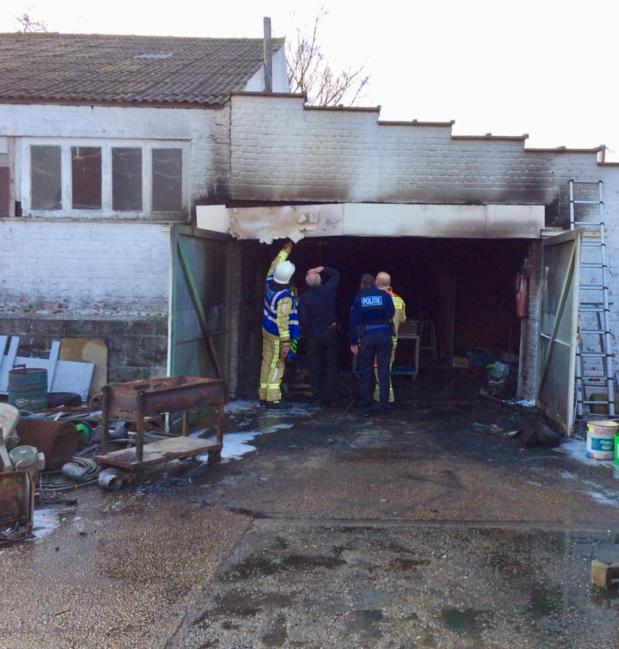 Brand in loods: kortsluiting wellicht aan de oorzaak
