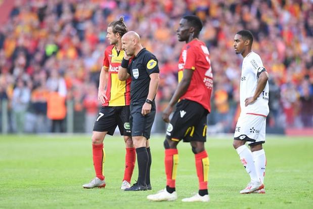 Lens et Gillet partagent avec Dijon dans le match aller pour une place en Ligue 1