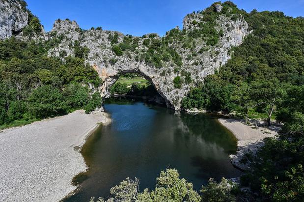 Dans les gorges de l'Ardèche, la Nature a repris ses droits comme aux temps préhistoriques