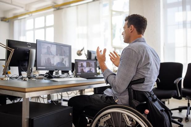 """""""Le travail fait partie du traitement"""" ou comment aider les malades de longue durée à retourner au boulot"""