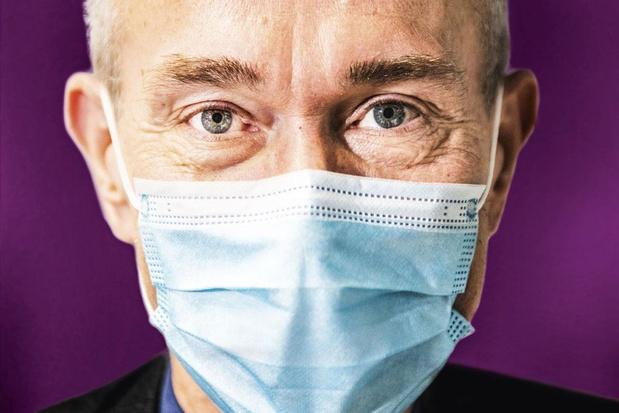 """Frank Vandenbroucke: """"Je n'ai jamais eu de doute sur la poursuite de la vaccination avec AstraZeneca"""""""
