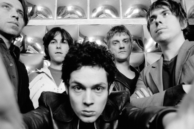 20 jaar 'Outside the Simian Flock' van Millionaire: 'Wij willen naast Radiohead en Queens of the Stone Age staan'