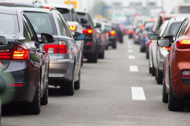"""Trois piliers pour réduire la congestion belge: """"Le problème n'est pas la possession d'une voiture, mais son utilisation"""""""