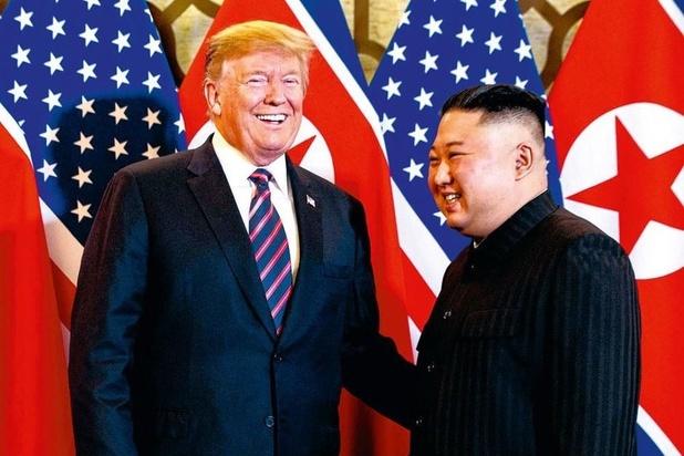 """Politique étrangère : """"Donald Trump joue avec le feu"""""""