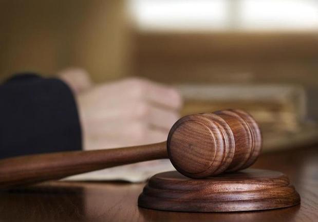 Zaakvoerster schrijnwerkerij riskeert tien maanden cel