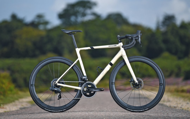 Test: Cannondale CAAD Force eTap 2019