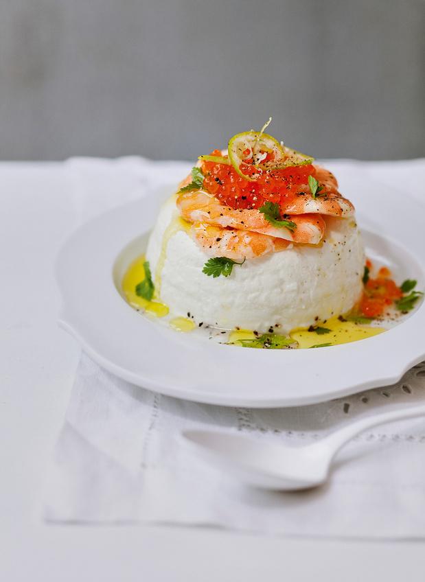 Recette des Timbales de fromage frais aux crevettes, oeufs de saumon et zeste de citron vert