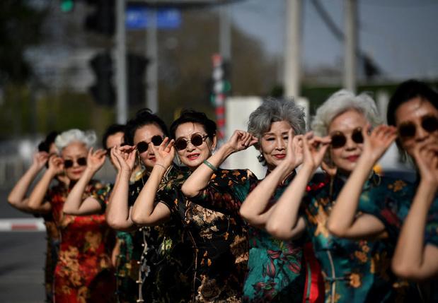 La revanche des retraités chinois, stars des réseaux sociaux, sur la jeunesse
