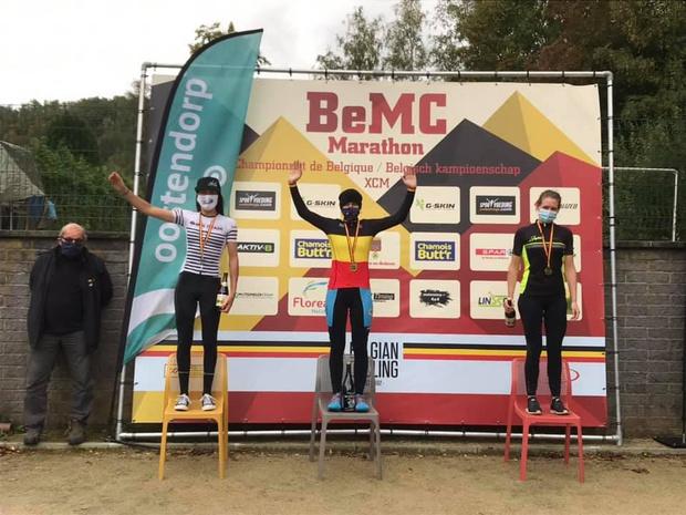 Joyce Vanderbeken kroont zich tot Belgisch kampioene MTB marathon