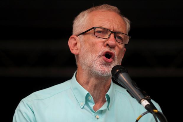 Labour wil Boris Johnson afzetten om harde brexit te vermijden