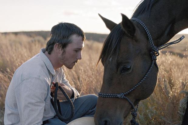 Tv-tip: 'The Rider', een indiedrama van Chloé Zhao over een cowboy die niet meer rijden mag