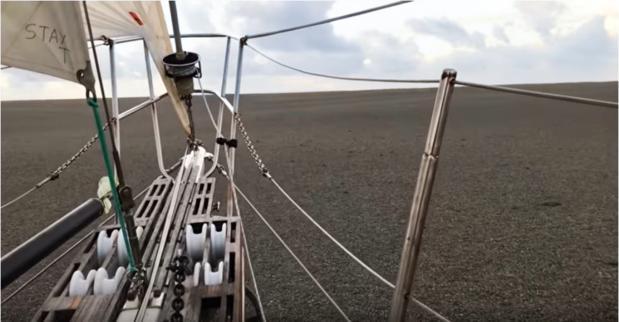 Un étrange radeau de pierres ponces dérive vers l'Australie