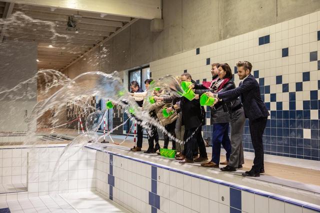 VIDEO Waterkraan zwembad Anzegem opengedraaid - Samenleving - Krant van Westvlaanderen