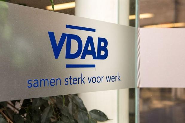 Rekenhof legt juridische fouten bloot bij VDAB, Crevits wil actieplan