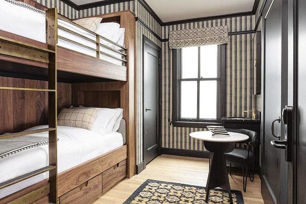 In deze vier designhotels slaap je in stapelbedden