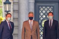 """""""La famille libérale reste disponible pour entamer des négociations"""""""