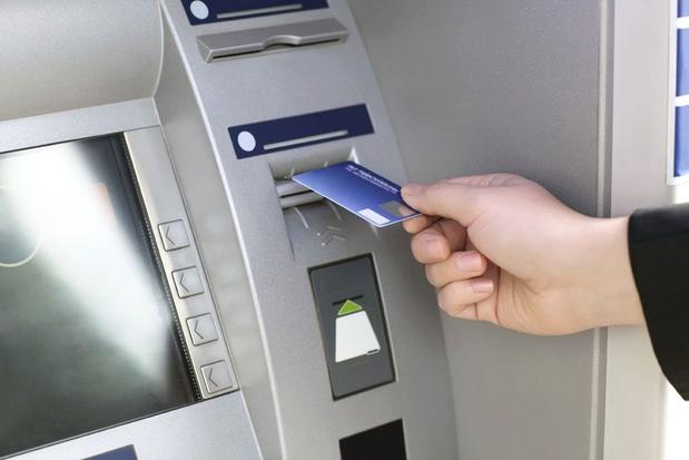 Nieuwe bankneutrale geldautomaten worden Bancontact gedoopt