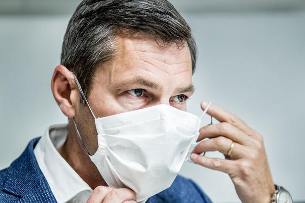 Oost-Vlaams verpakkingsbedrijf pioniert met herbruikbare chirurgische mondmaskers