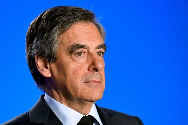 Vijf jaar cel voor ex-premier Fillon in zaak van 'nepjobs'
