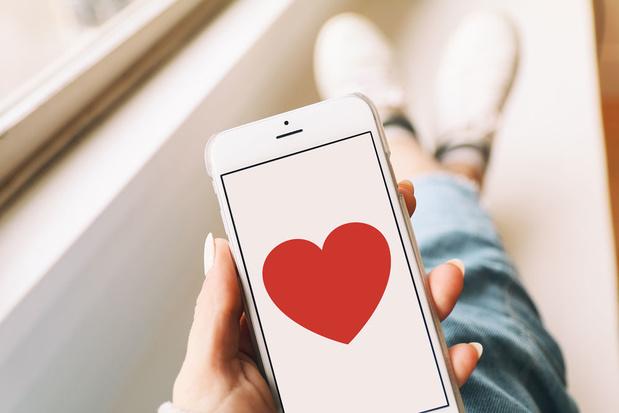 'Hoe succesvol datingapps ook zijn, het gesprek dat na een match volgt, verloopt veel stroever'