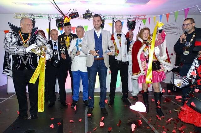 """Schepen Maxim Donck opent Oostends carnaval: """"Graag meer vuur"""""""