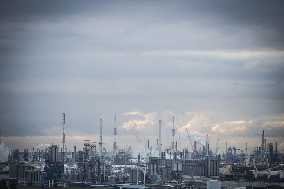 Europa trapt in de gasvalkuil: 'EU investeert miljarden euro's in projecten die niet nodig zijn'