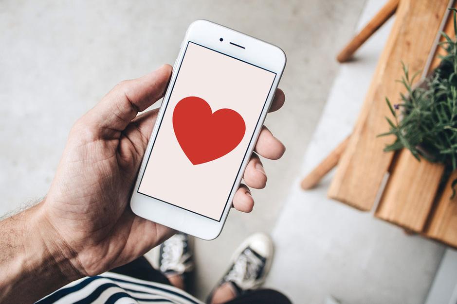 Onze man op Tinder en Grindr: 'poëtische verliefdheden zijn een illusie'