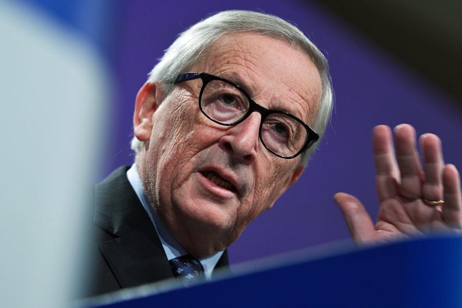 Jean-Claude Juncker: 'Ik heb Poetin gekust, en dat is voor Europa niet slecht geweest'