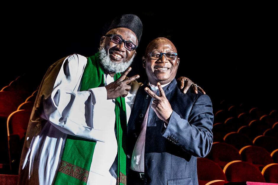Een pastoor en een imam uit Nigeria: 'Stuur ons Belgische chocolade in plaats van wapens'