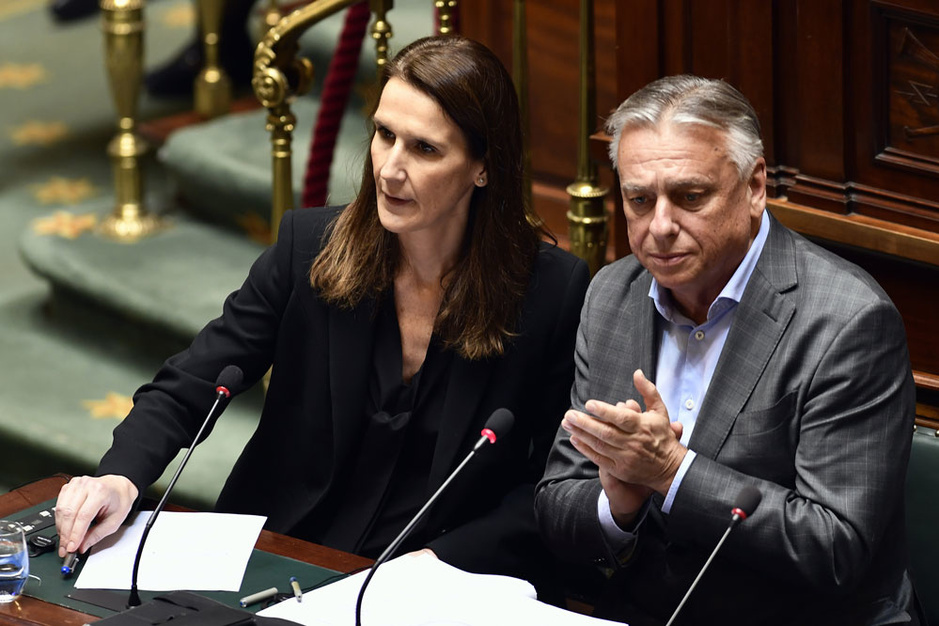 De balans: een noodregering is een paars-groene regering via de achterdeur