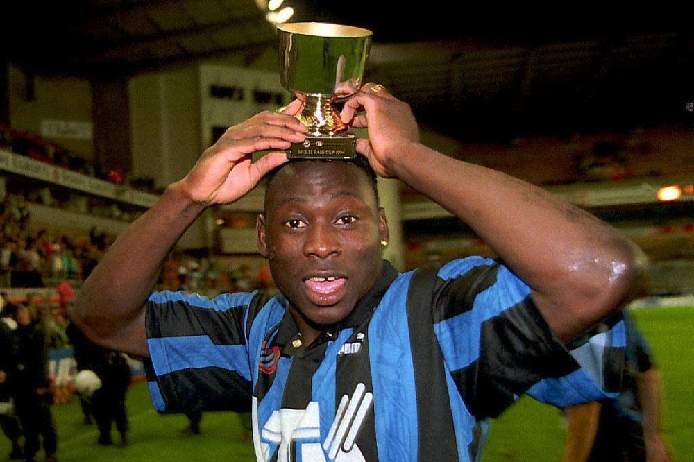 Daniel Amokachi na winst in de supercup in 1994., Belga Image