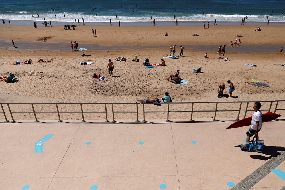 La plage de Cascais au Portugal, en mai 2020, Reuters