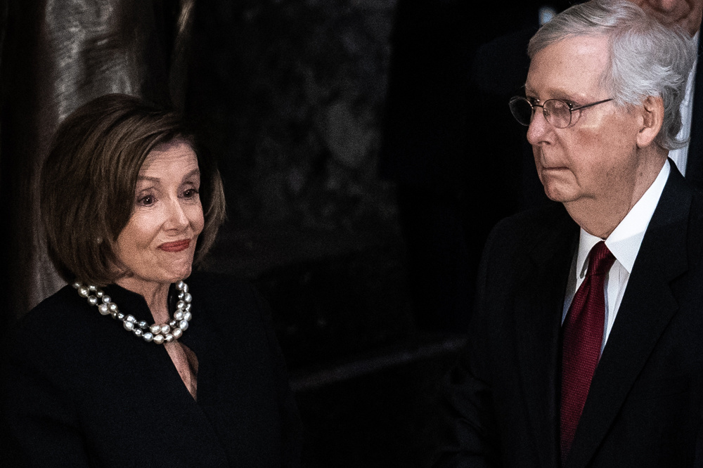 Nancy Pelosi vs Mitch McConnell, Getty Images