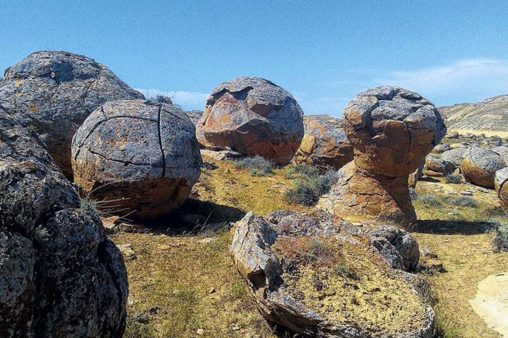 La vallée de boules de pierre , photos : eric vancleynenbreugel