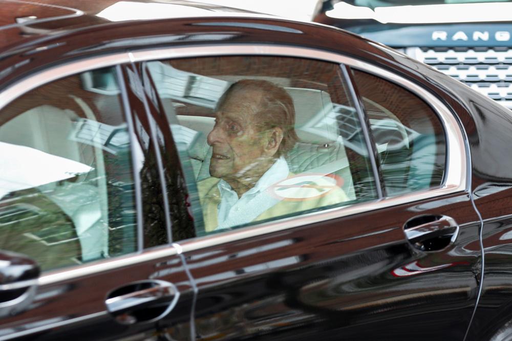 Le prince Philip, le 16 mars 2021 à la sortir de l'hôpital, Reuters