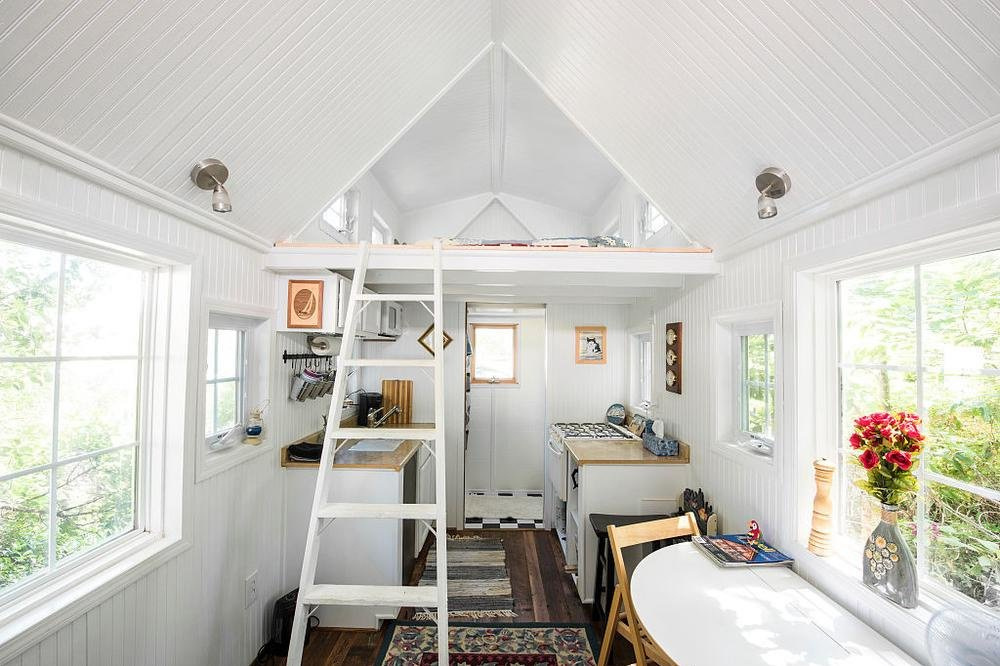 L'intérieur d'une tiny house à Passadena aux États-Unis (2015), The Washington Post via Getty Images