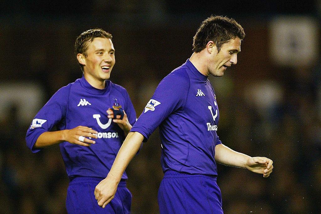 Jonathan Blondel vient féliciter Robbie Keane., iStock